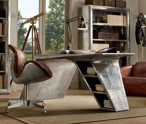 The Aviator Desk