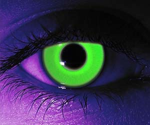 Glow In The Dark Contact Lenses